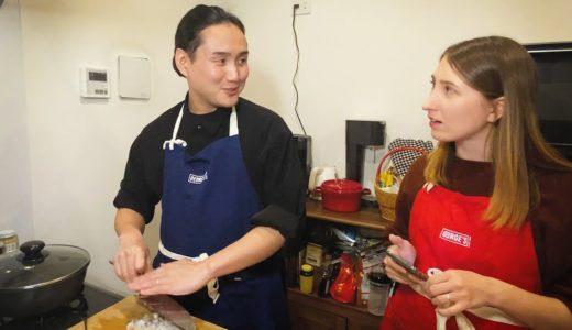 料理を作りながら質問に答えます   国際カップルVlog